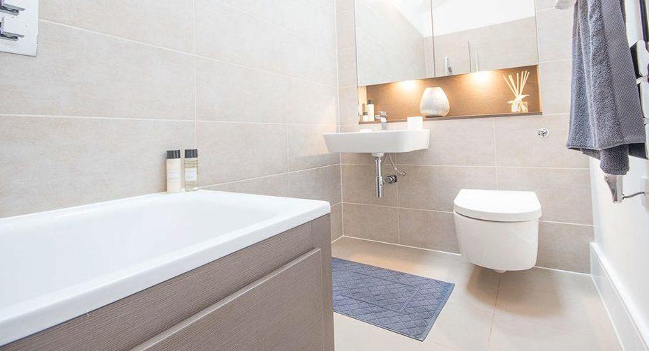 1000px-_0027_bathroom6
